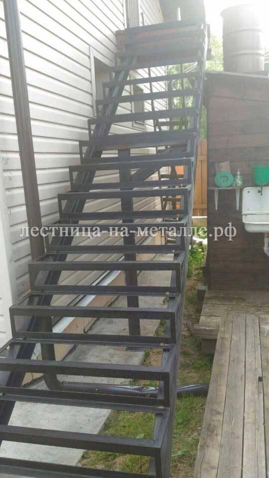 Лестница наружные своими руками 20